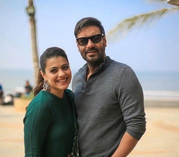 Kajol romantically wishes hubby Ajay Devgn on the anniversary, SEE POST...