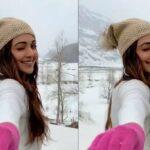 KIARA-ADVANI-ENJOYING-IN-SNOWFALL