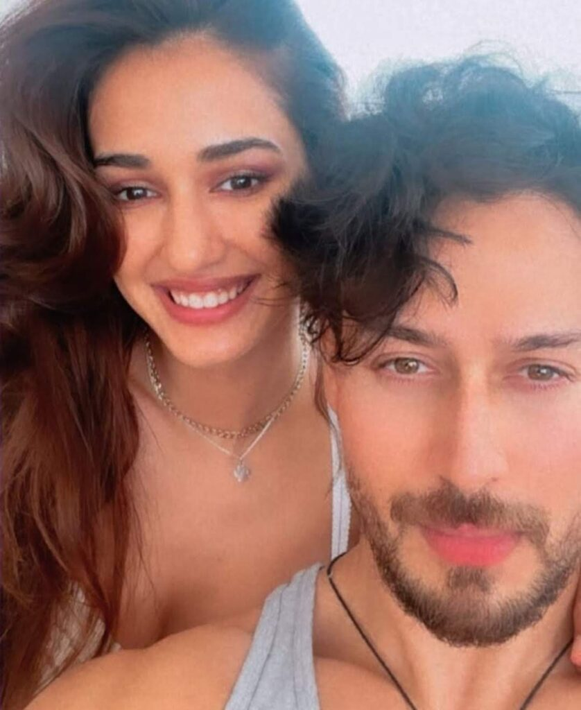 """Tiger Shroff wishes """"his girl"""" Disha Patani on her birthday in a very """"special"""" way."""